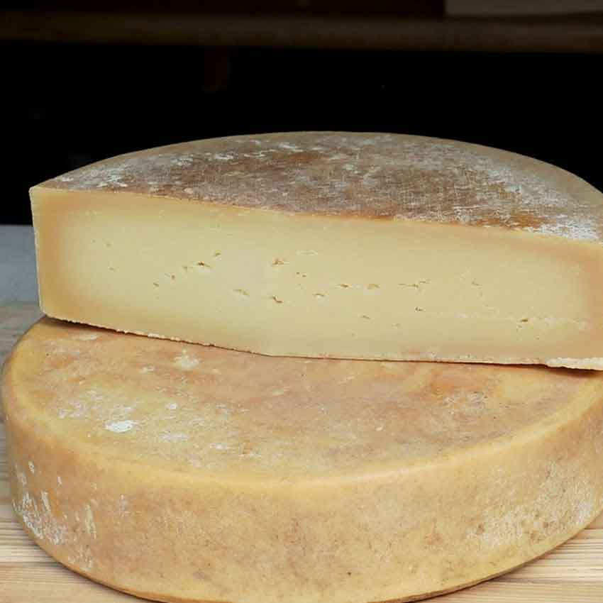formaggio-di-grotta